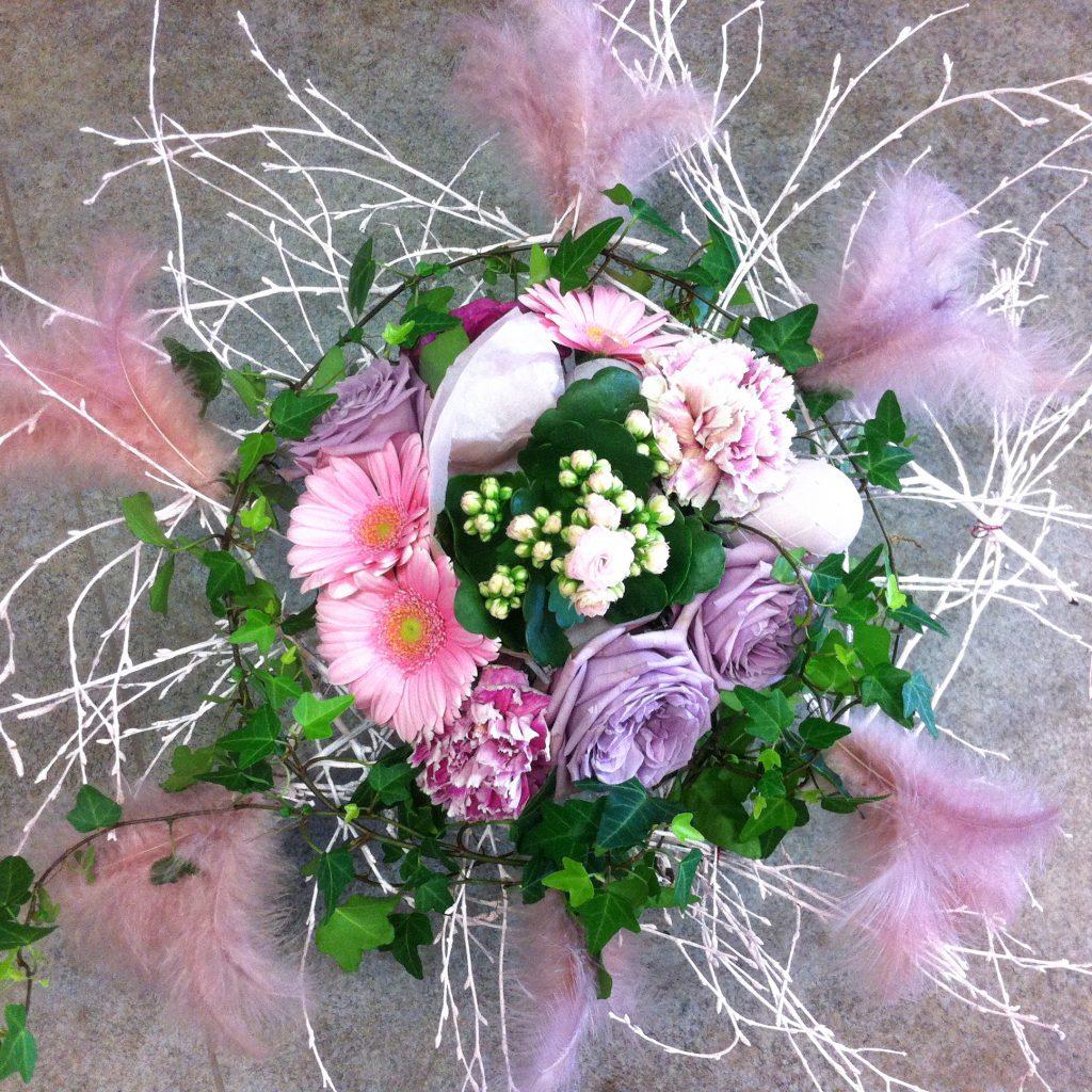 Brudbukett i lila och rosa