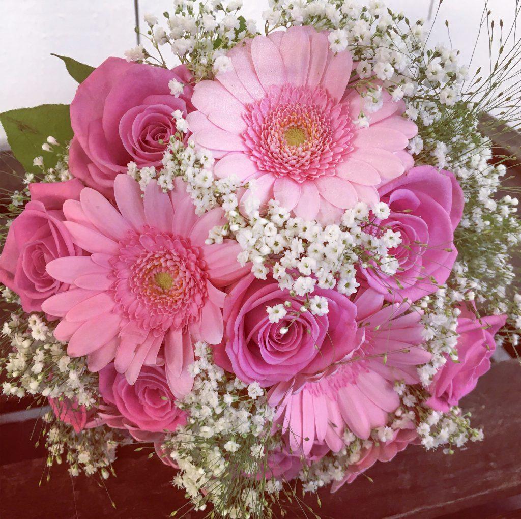 Brudbukett i rosa